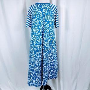 LuLaRoe Dresses - Lularoe Blue Floral Print Carly shift dress